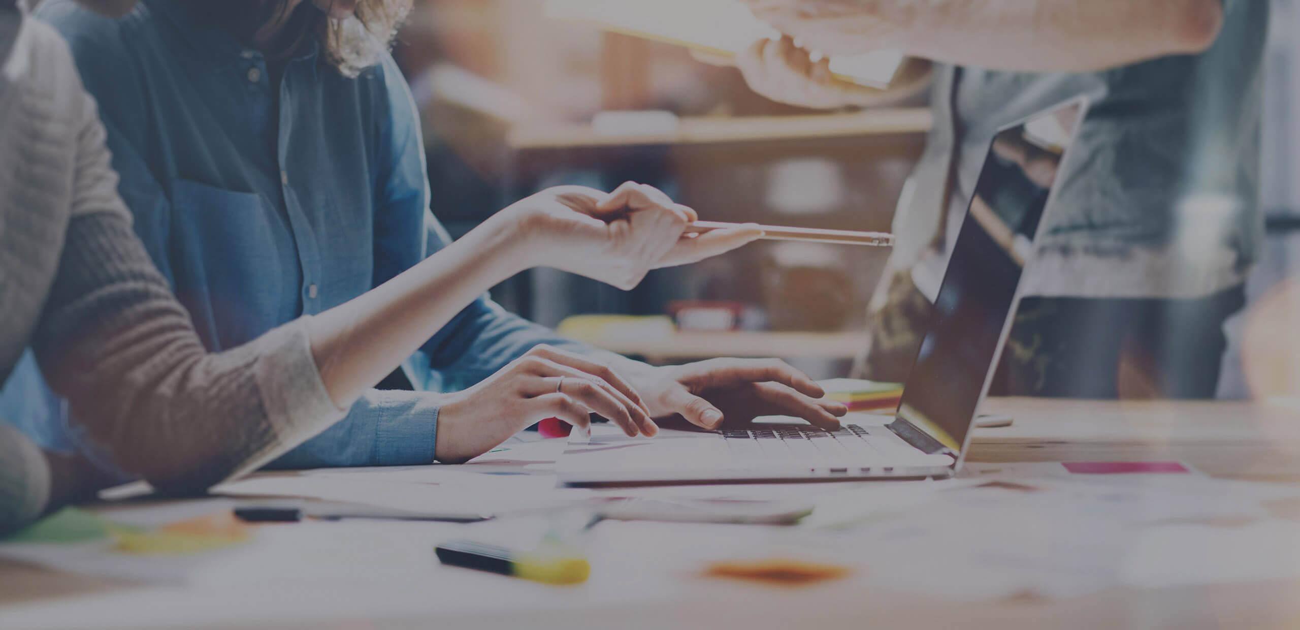 ¿Qué hace un desarrollador profesional de aplicaciones empresariales? 2